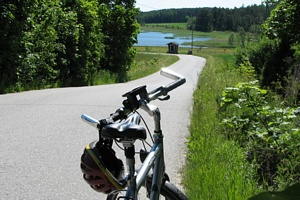 Cycling in the archipelago